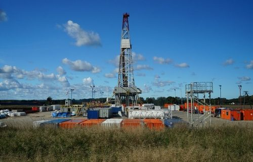 gas fracking drilling